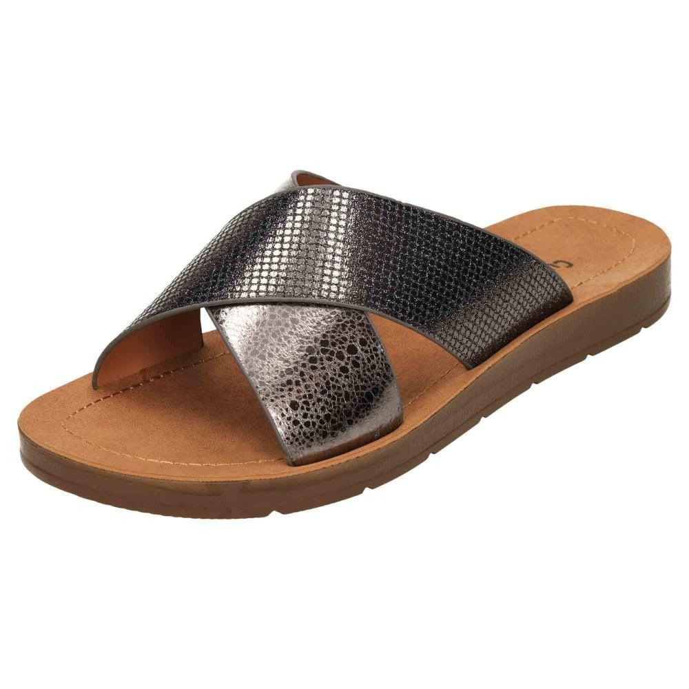 Cushion-Walk Cross Over Slip On Comfort