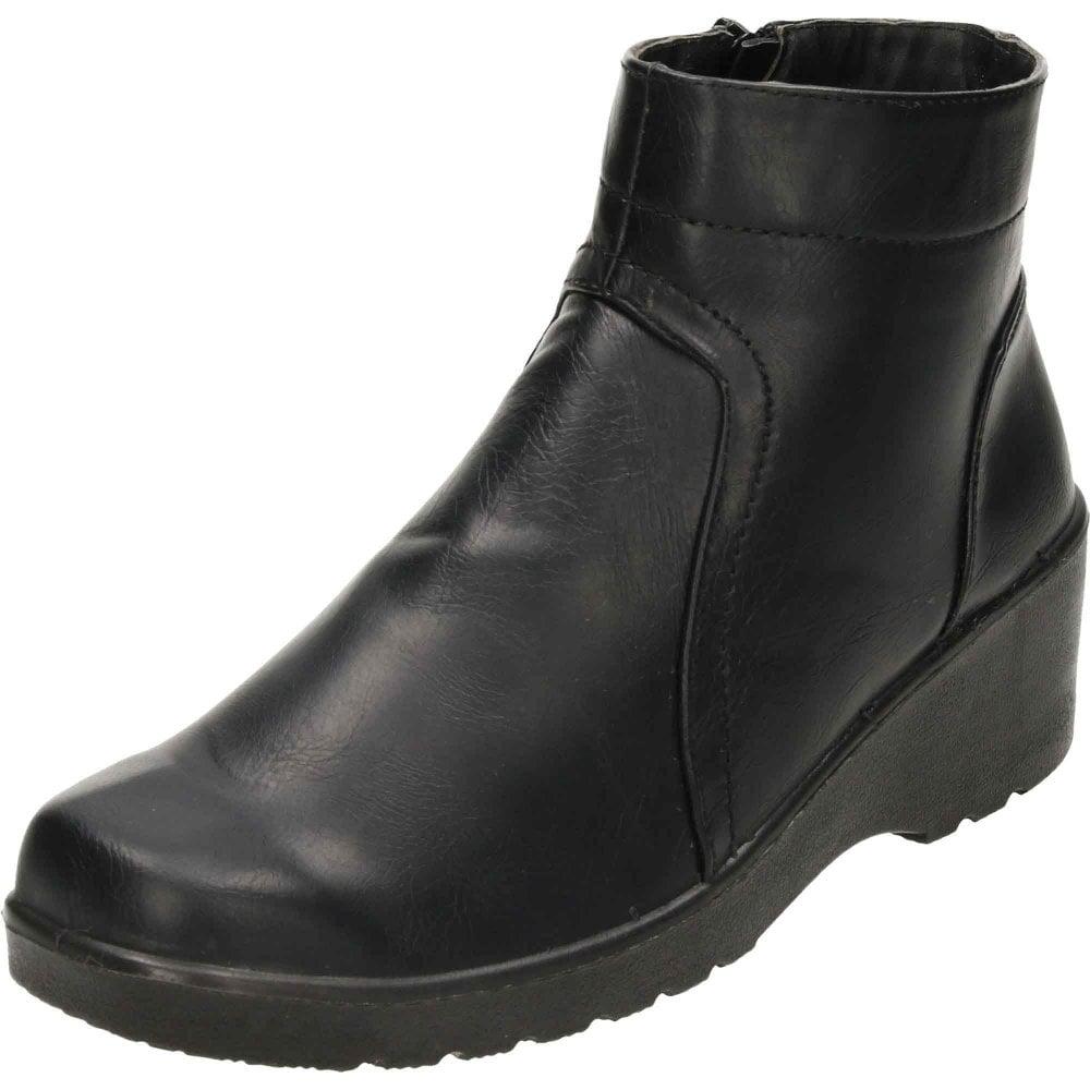 Cushion-Walk Wedge Heel Zip Ankle Boots