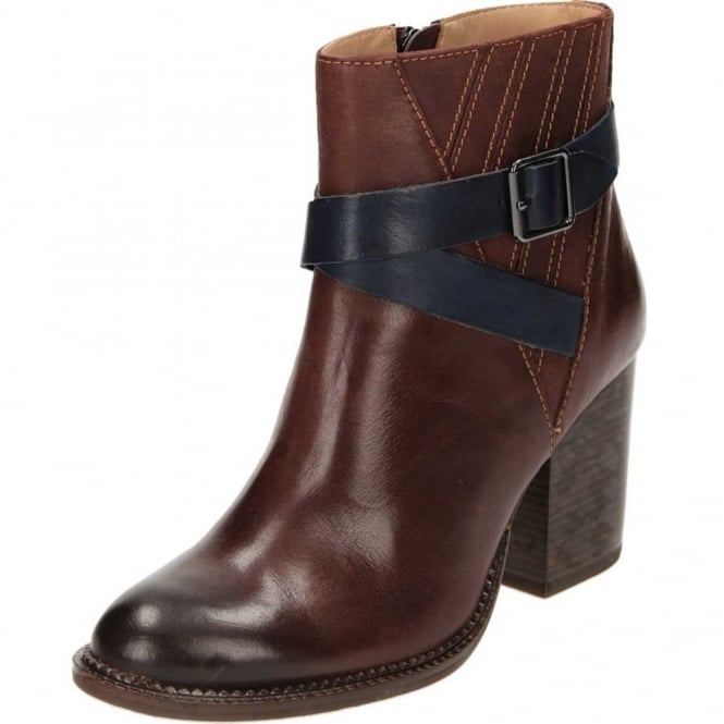 Hush Puppies Darby Dewey Leather Block Heel Ankle Strap Boots